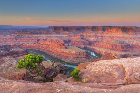 View on the Canyonlands and Colorado River from Dead Horse Point State Park in Utah.